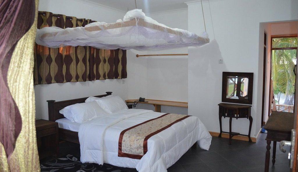 saadani-park-hotel (5)